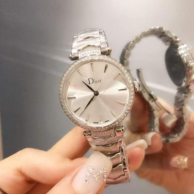 迪奥Dior女士腕表 金壳+20 钻+20批发