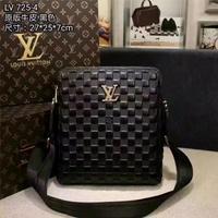 Louis Vuitton双拉链黑色