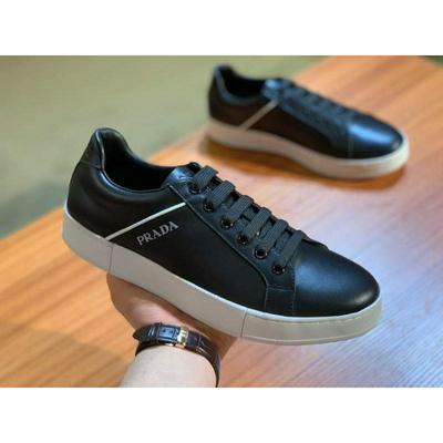 Prada 普拉达 原版套楦鞋型与专柜-致批发