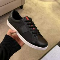 Prada 普拉达原版套楦鞋型与专柜-致