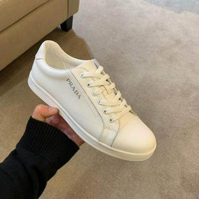 Prada 普拉达原版套楦鞋型与专柜-致批发