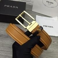 普拉达Prada年度劲爆新宠原版针扣