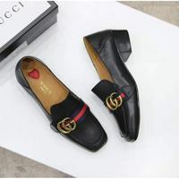 GUCCI 古驰 无珍珠--GG珍珠复古方头单鞋 可两穿的懒人鞋