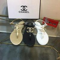 Chanel 2020 香奈儿春夏新款双c夹趾凉鞋