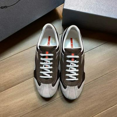 Prada 普拉達頂級版本原版套楦鞋型與專柜-致批發