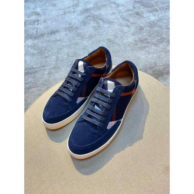 Burberry巴宝莉原版套楦鞋型与专柜-致批发