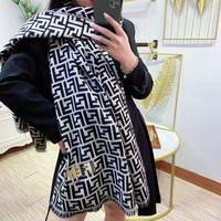 Fendi 芬迪冬季新款围巾羊绒混纺质地柔和保暖双面