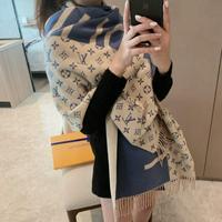 LV Louis Vuitton 路易威登 L家新款字母提花长须保暖披肩高级礼品级围巾