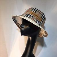巴宝莉Burberry双面双标格子渔夫帽跑量款